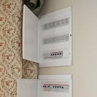 Силовой шкаф и шкаф автоматики в интерьере